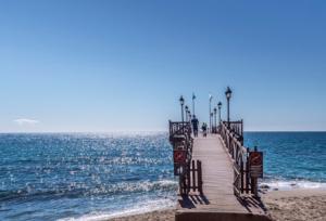 Locales para encontrar Citas, buscar mujeres buscar amistad pareja en Marbella mujeres y hombres gay 1